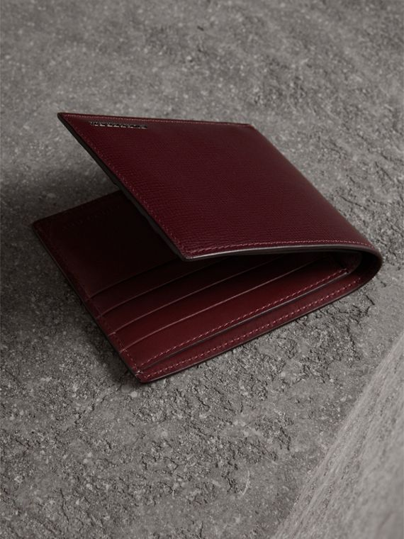 London Leather International Bifold Wallet in Burgundy Red | Burberry Singapore - cell image 3