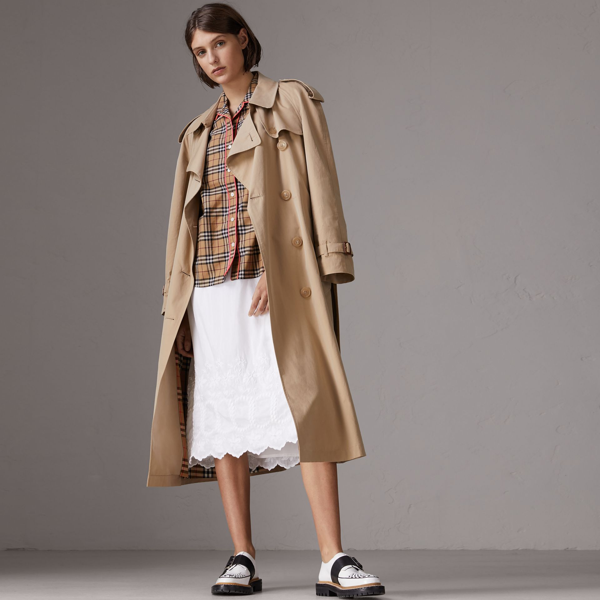 Contrast Piping Vintage Check Pyjama-style Shirt in Camel - Women | Burberry - gallery image 4
