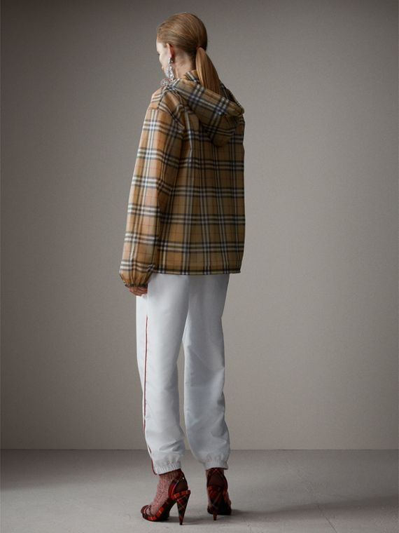 Vintage Check Soft-touch Plastic Cagoule in Antique Yellow - Women | Burberry Hong Kong - cell image 2