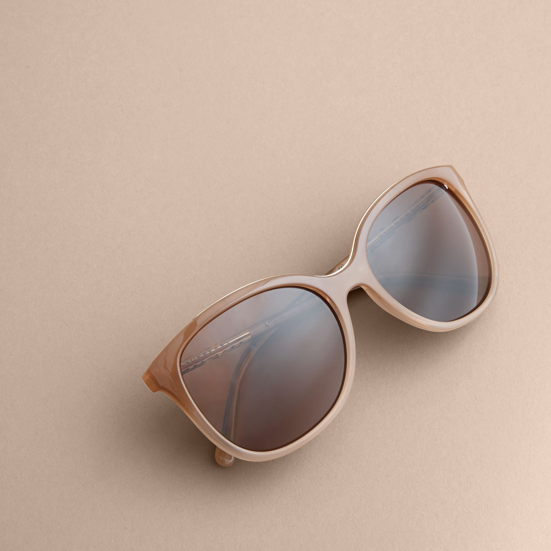 Check Detail Square Frame Sunglasses Trench - gallery image 3