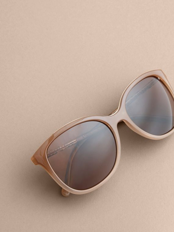 Check Detail Square Frame Sunglasses Trench - cell image 2