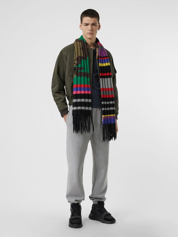 Striped Camouflage Chunky Knit Cashmere Wool Scarf in Multicolour | Burberry - cell image 3