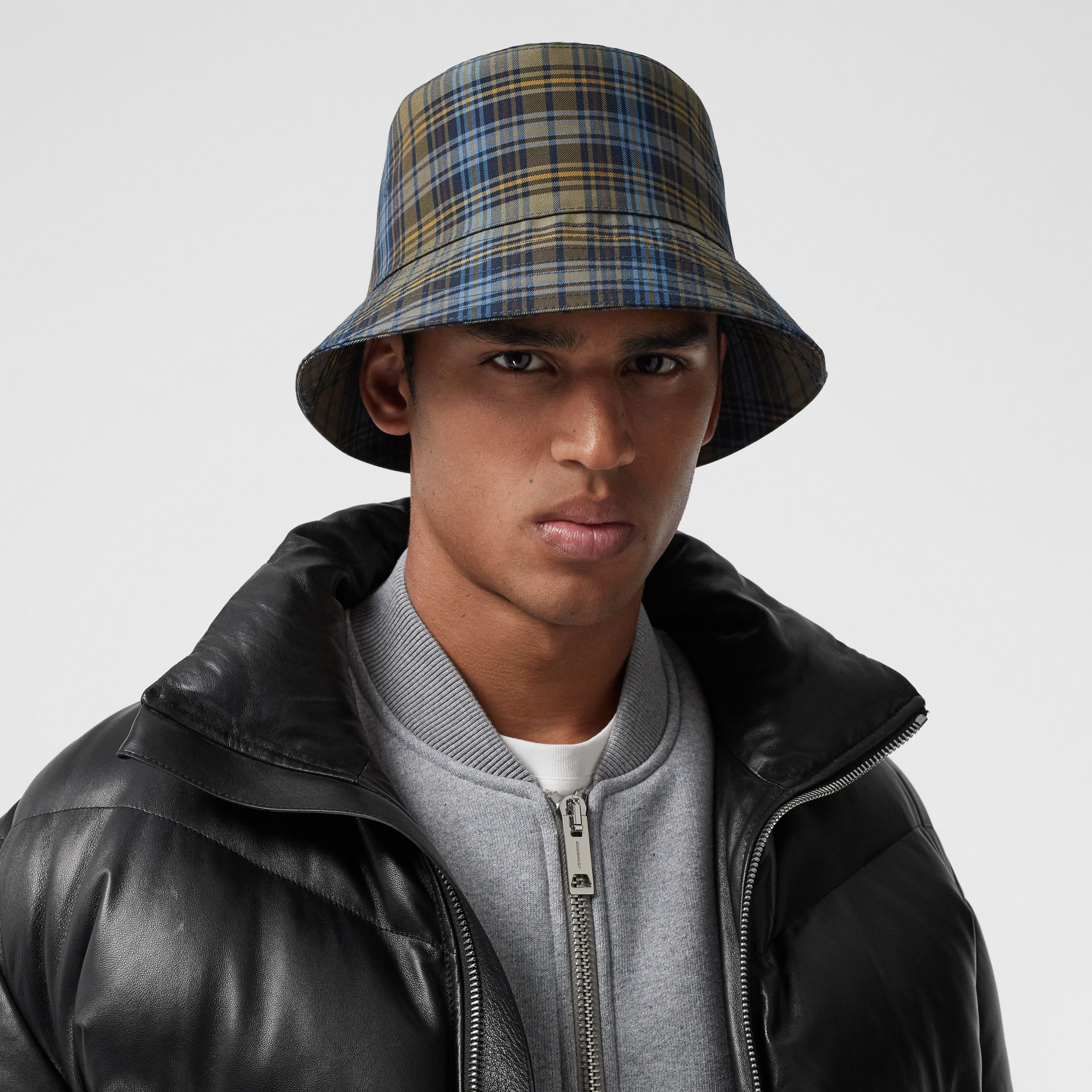 Tartan Technical Cotton Bucket Hat in Pale Powder Green | Burberry - 4