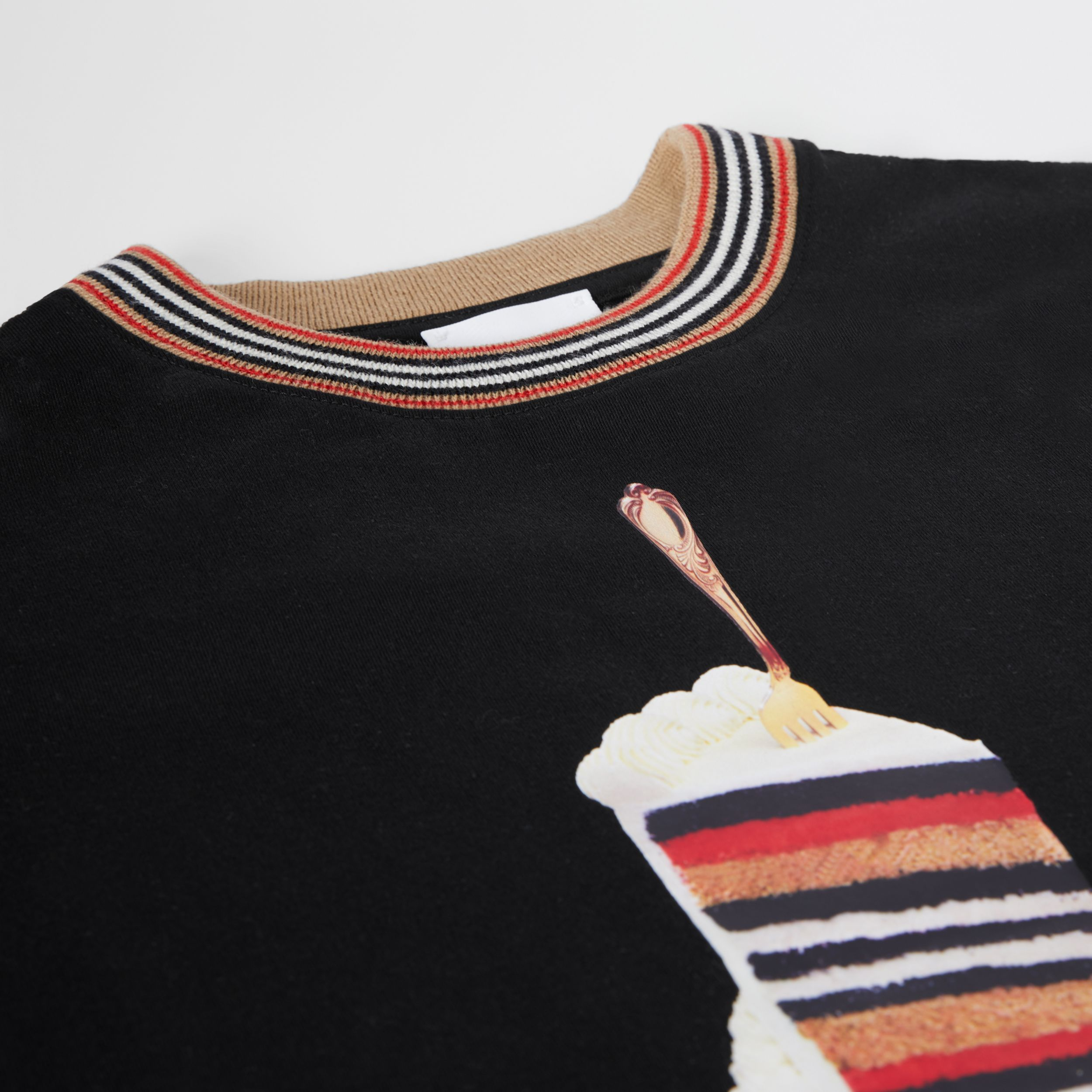 Cake Print Cotton T-shirt in Black | Burberry - 2