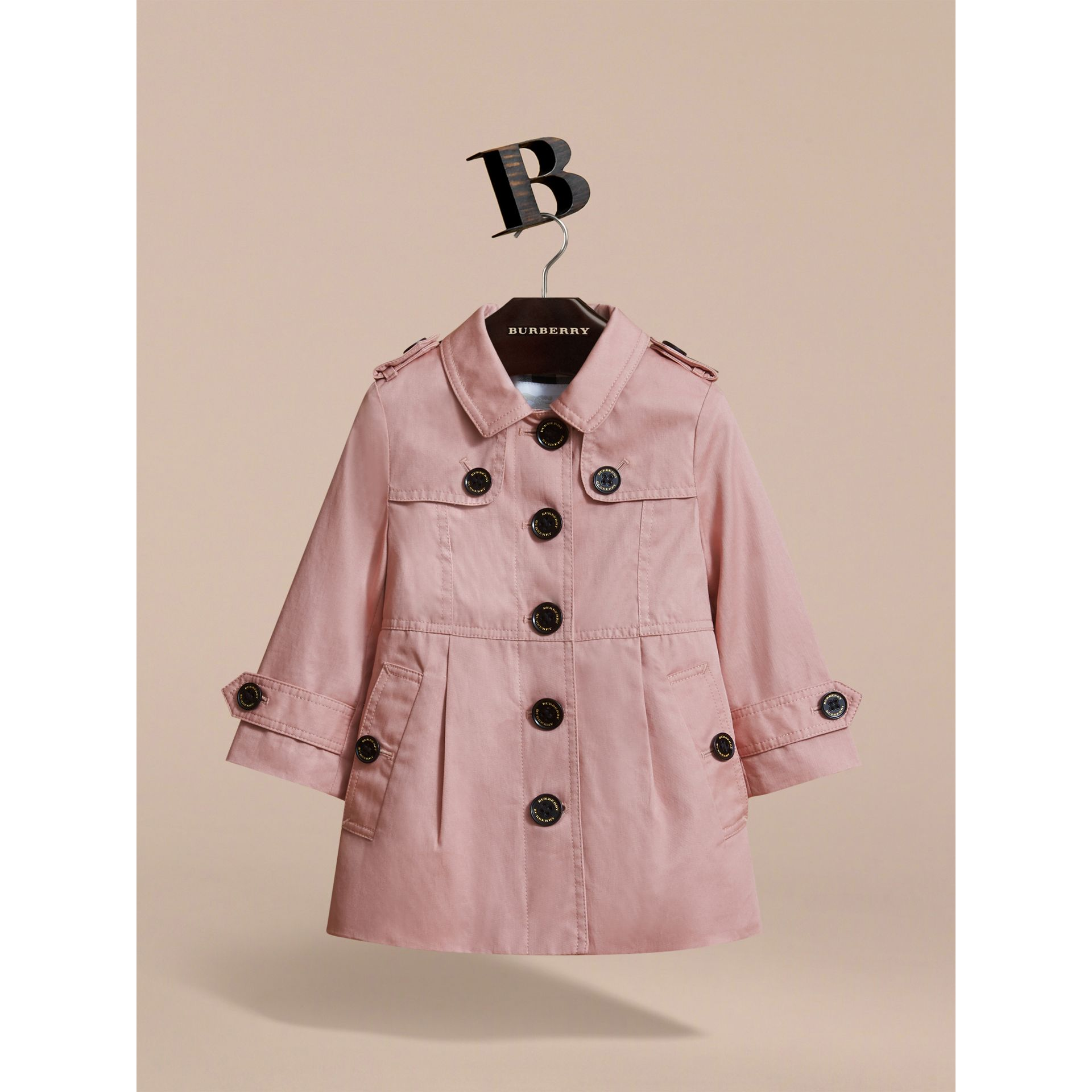 Trench-coat en coton à boutonnage simple (Rose Pâle) - Enfant | Burberry - photo de la galerie 3