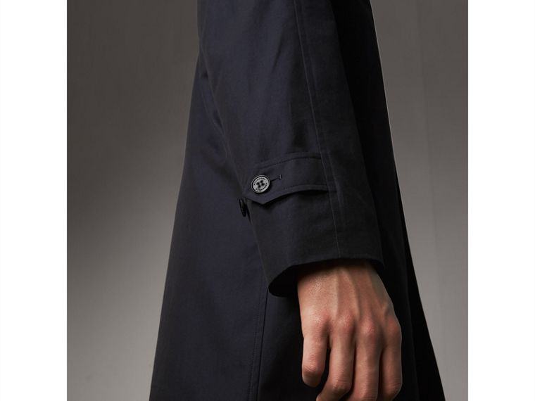 The Camden – Long Car Coat in Blue Carbon - Men | Burberry - cell image 4