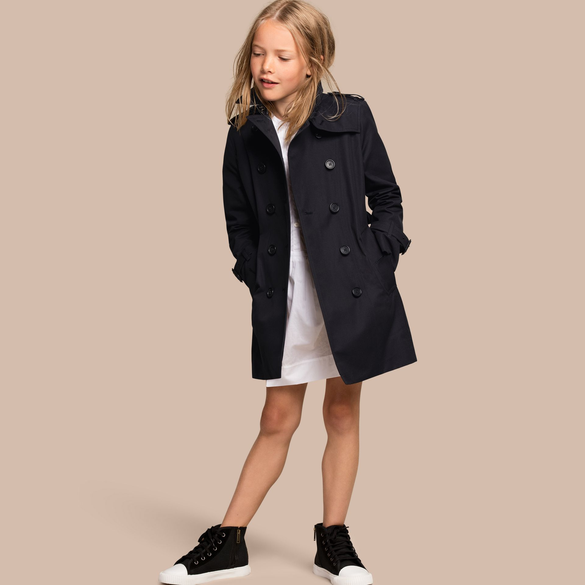 The Sandringham – Heritage Trench Coat in Navy - Girl | Burberry - gallery image 1