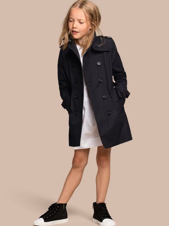 The Sandringham – Heritage Trench Coat in Navy - Girl | Burberry