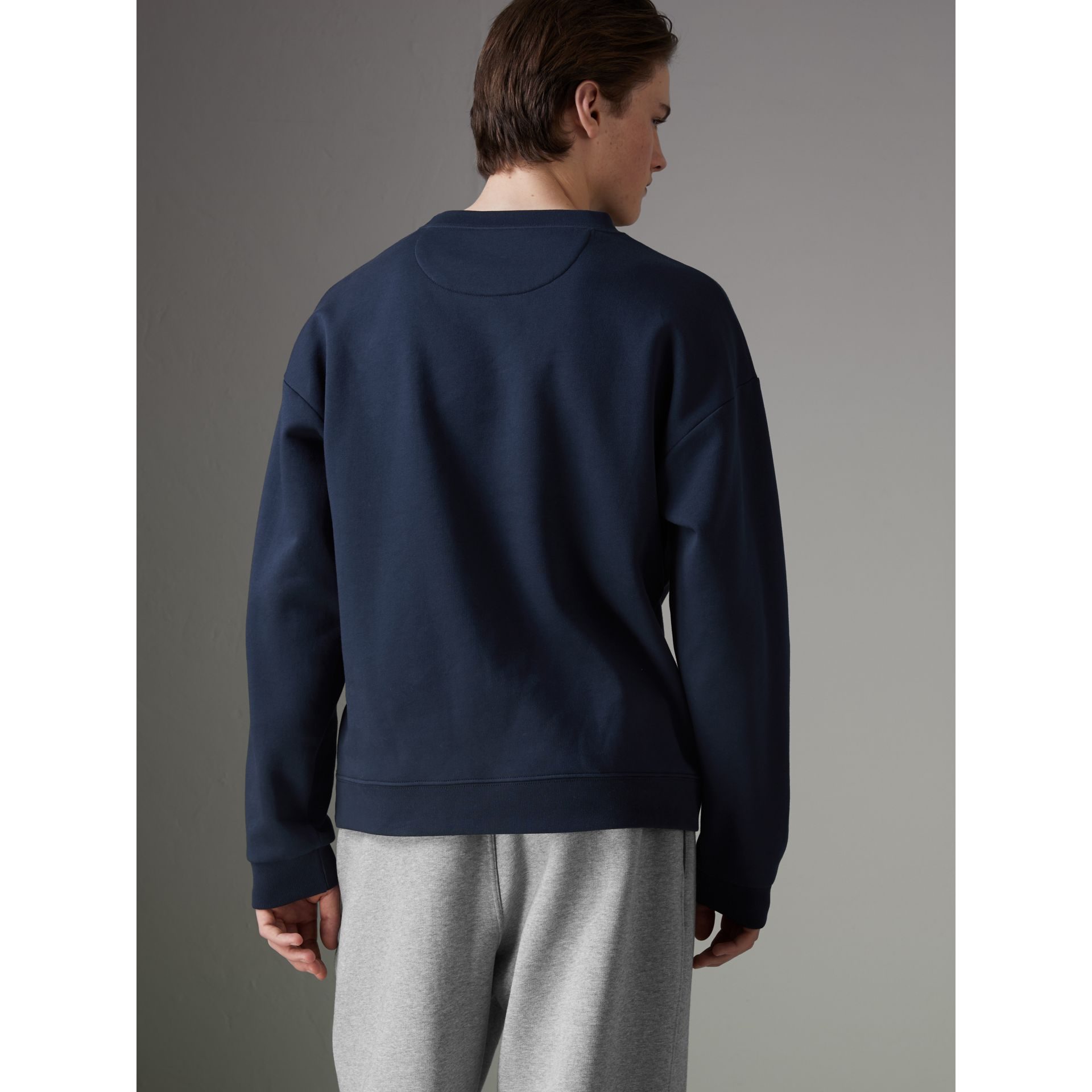 Sweat-shirt en jersey revisité (Bleu Marine) - Homme | Burberry - photo de la galerie 2