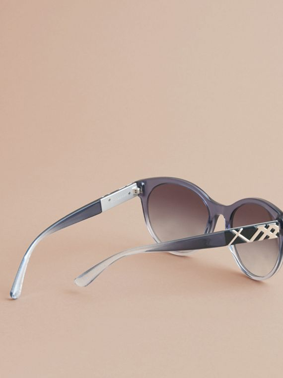 Check Detail Round Frame Sunglasses Blue - cell image 3