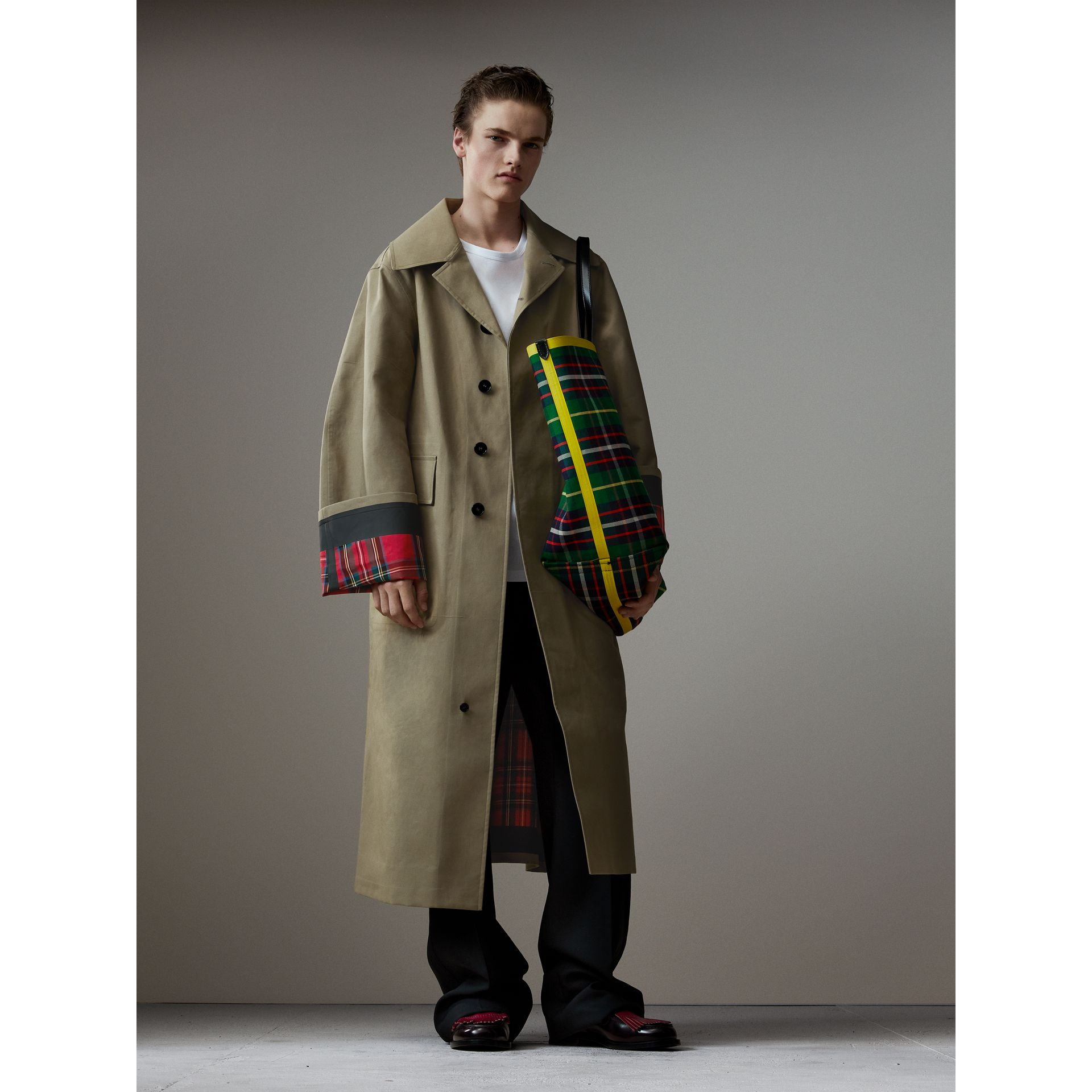 Bonded Cotton Oversized Seam-sealed Car Coat in Pale Olive/bright Red - Men | Burberry United Kingdom - gallery image 1