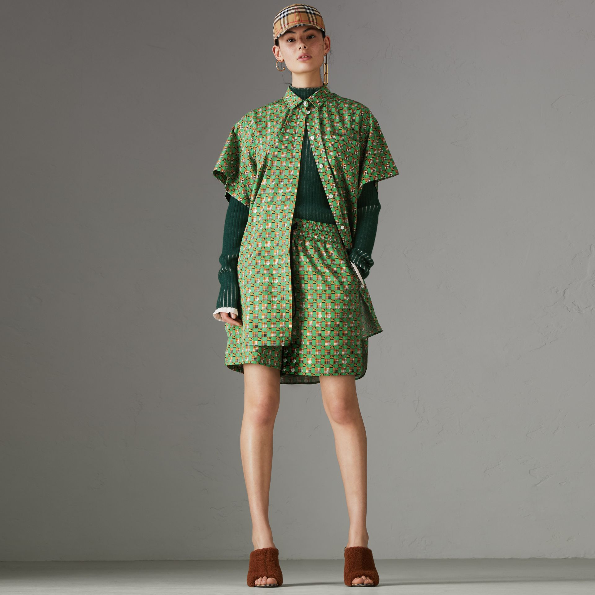 Tiled Archive Print Cotton Drawcord Shorts in Dark Forest Green - Women | Burberry - gallery image 0