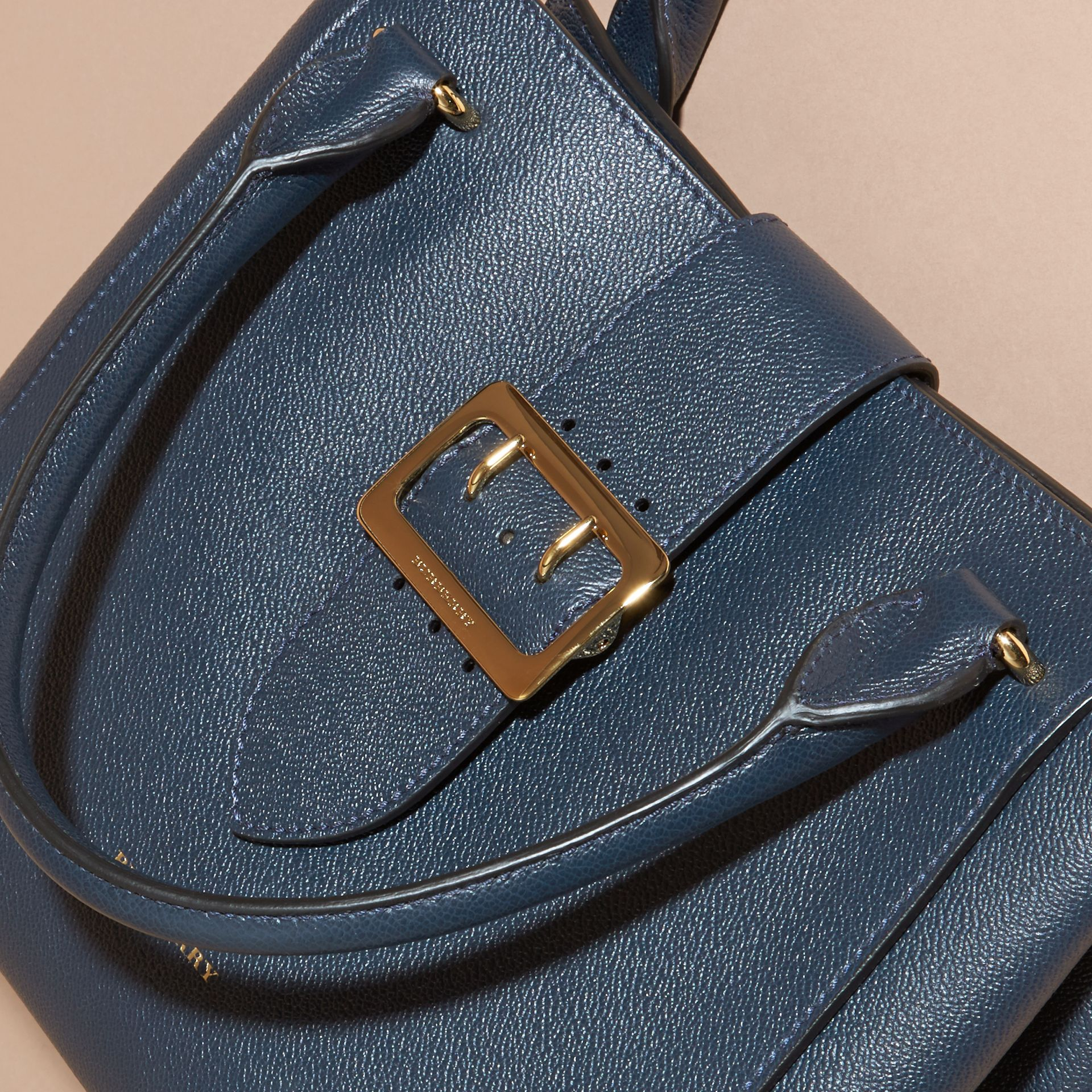 The Medium Buckle Tote in Grainy Leather Blue Carbon - gallery image 7