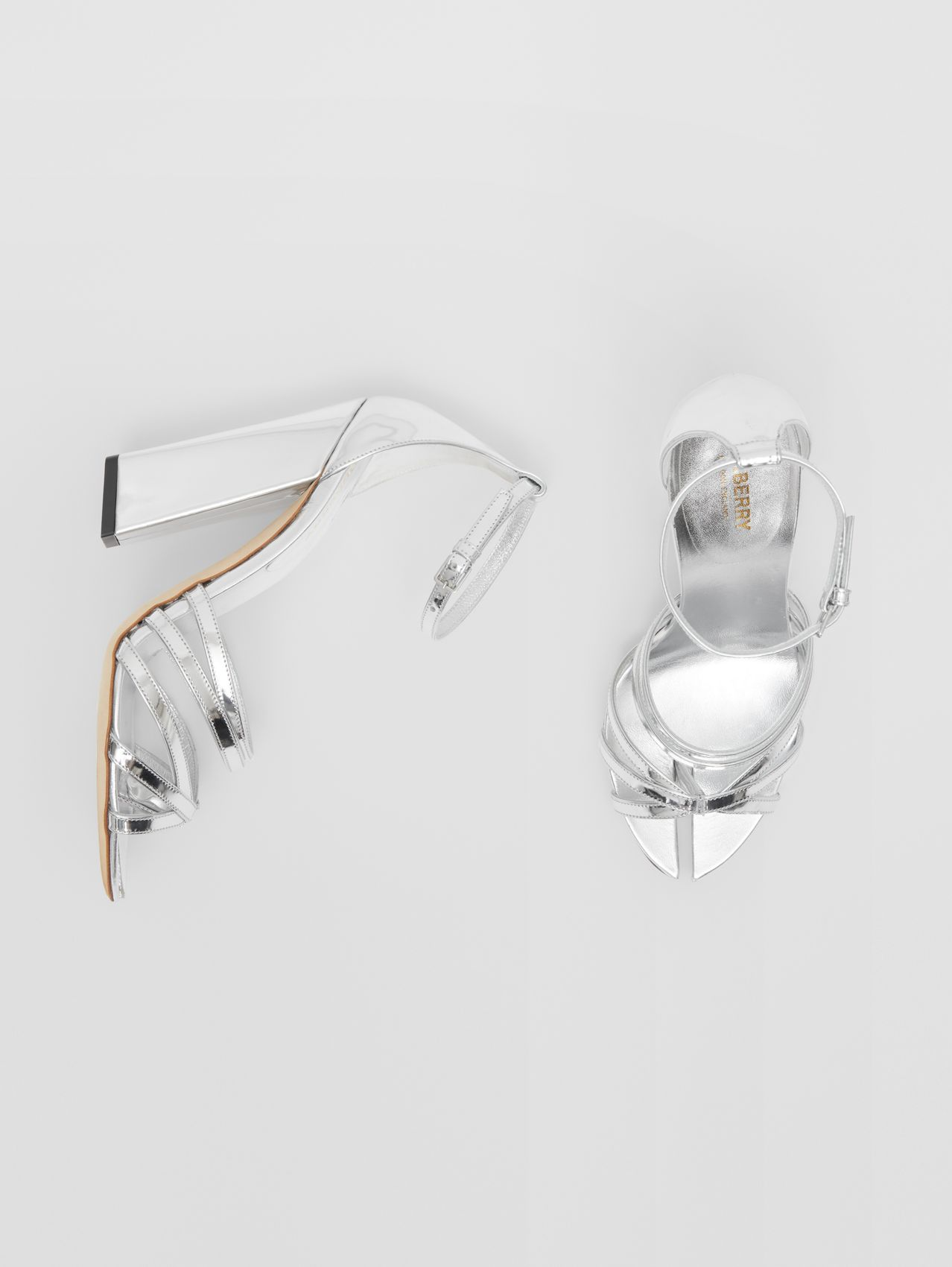 Split-toe Detail Metallic Leather Sandals in Argent