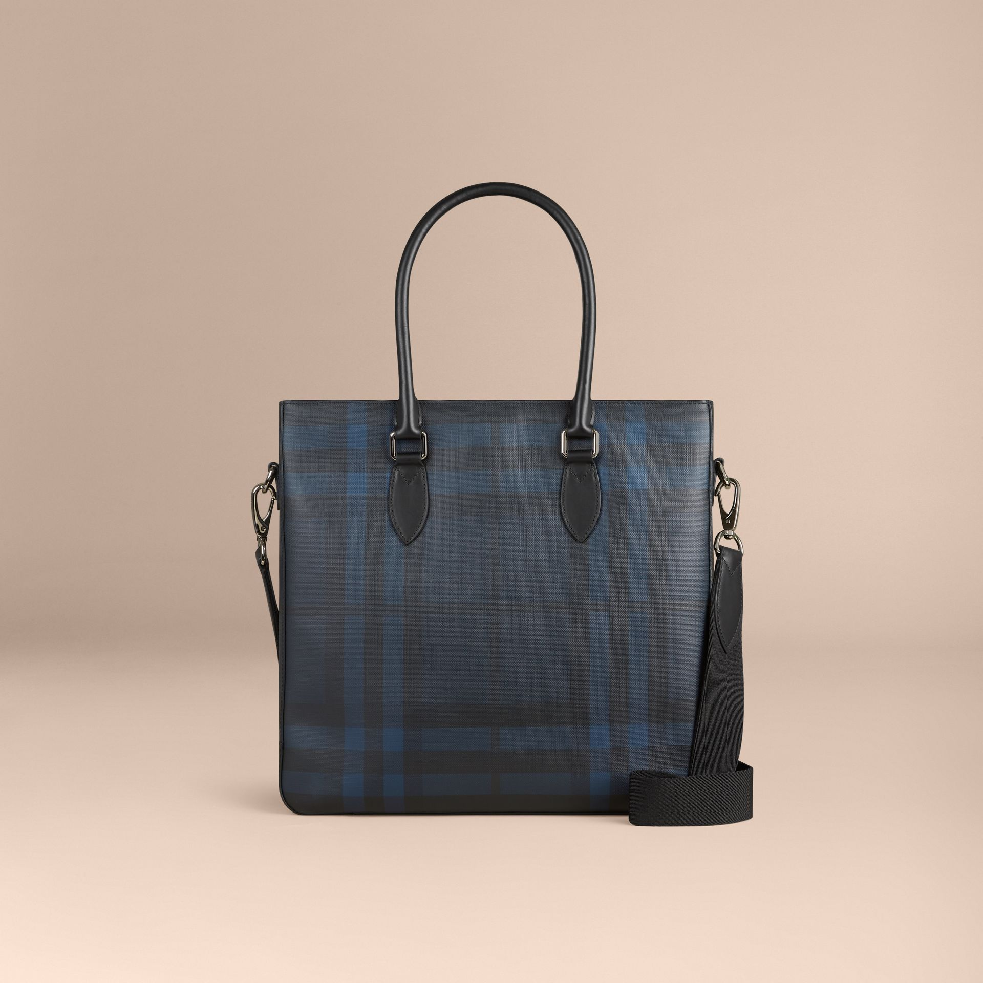 London Check Tote Bag in Navy/black - Men | Burberry Canada - gallery image 7
