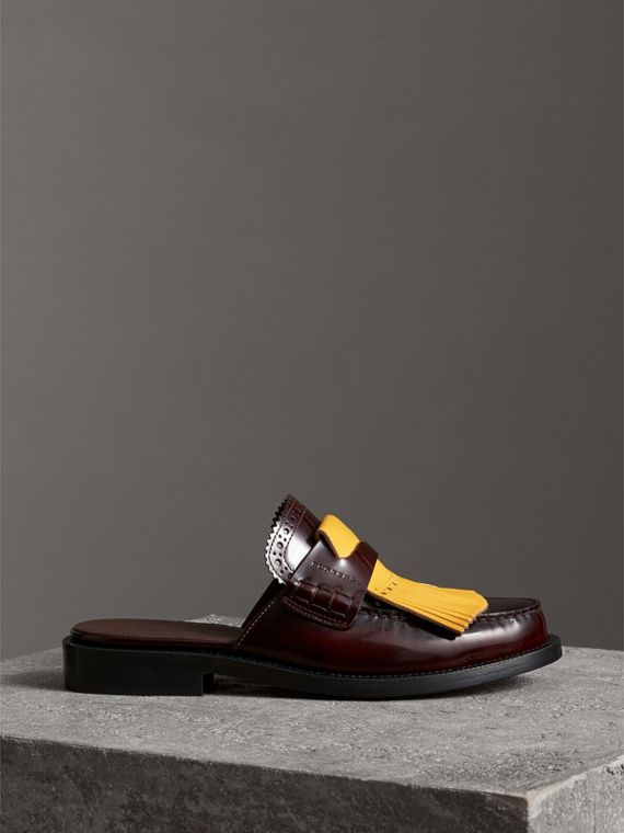 Contrast Kiltie Fringe Leather Mules in Burgundy