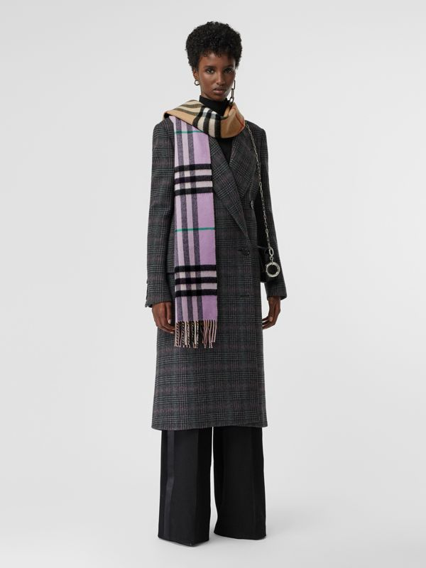 Long Reversible Check Double-faced Cashmere Scarf in Pale Heather | Burberry - cell image 2