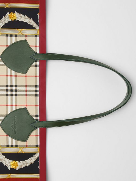 The Giant Reversible Tote in Archive Scarf Print Cotton in Dark Forest Green/burgundy - Women | Burberry Canada - cell image 1
