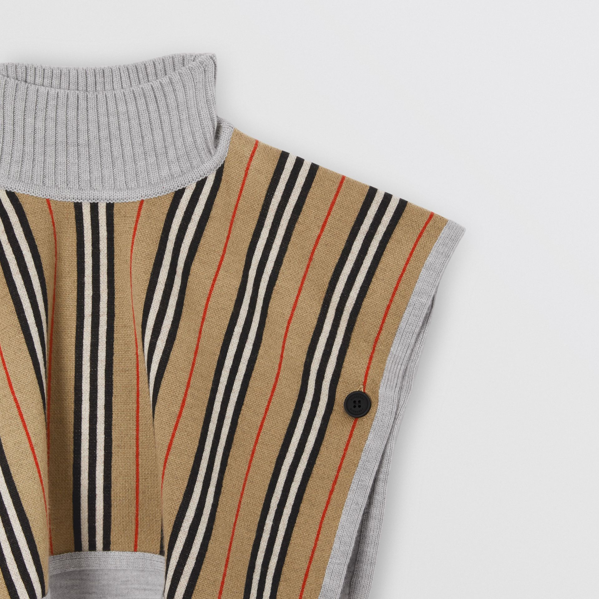 Reversible Icon Stripe Merino Wool Jacquard Poncho in Archive Beige - Children | Burberry United Kingdom - gallery image 5