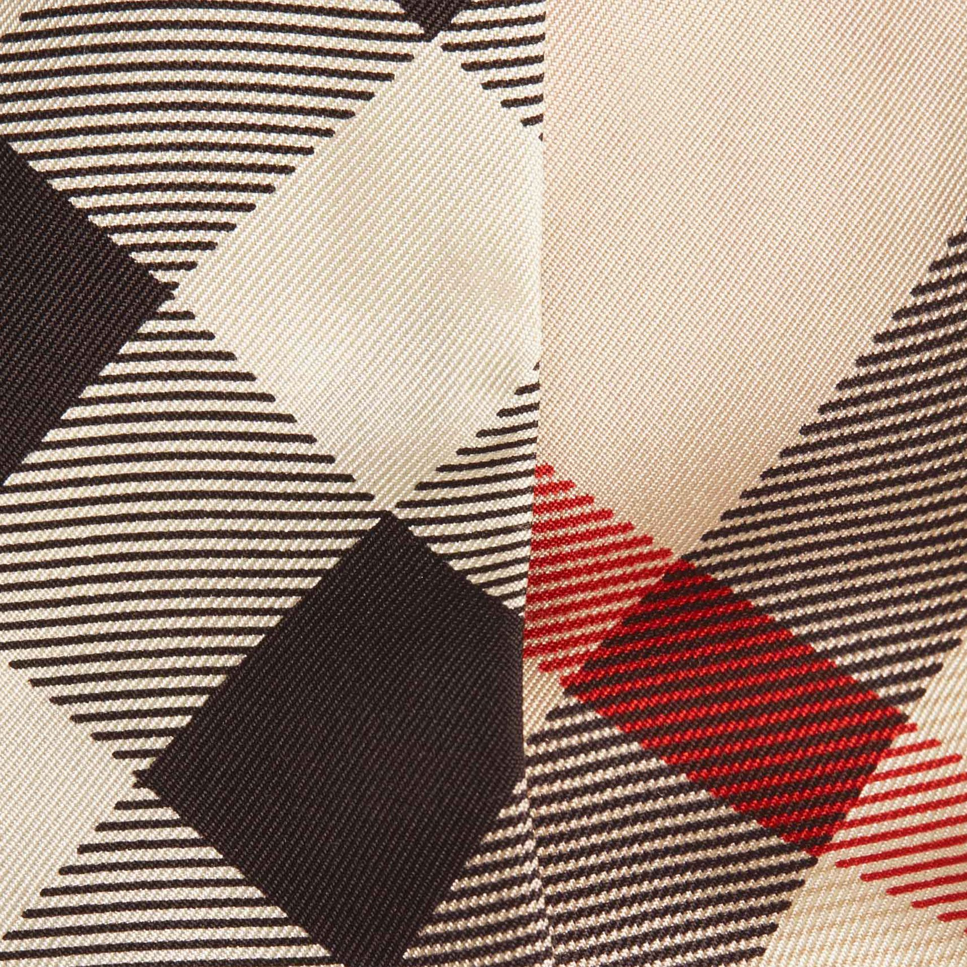 Piedra Pañuelo estrecho en seda con motivo de checks Piedra - imagen de la galería 2