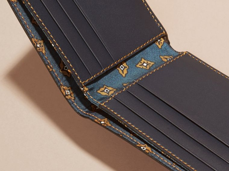 Dark navy Smooth Leather Folding Wallet with Printed Lining Dark Navy - cell image 4