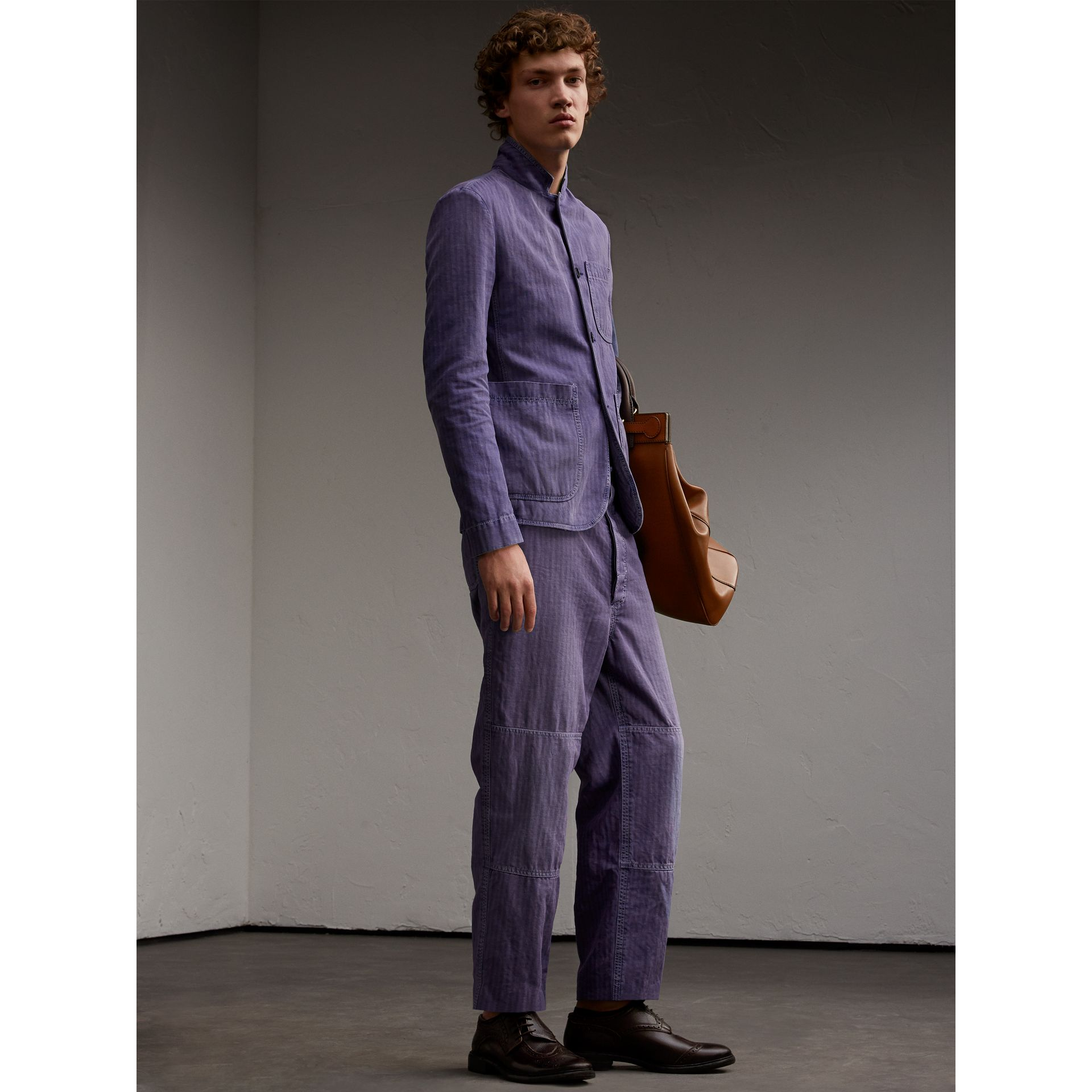 Herringbone Cotton Linen Cropped Workwear Trousers in Indigo - Men | Burberry United States - gallery image 5