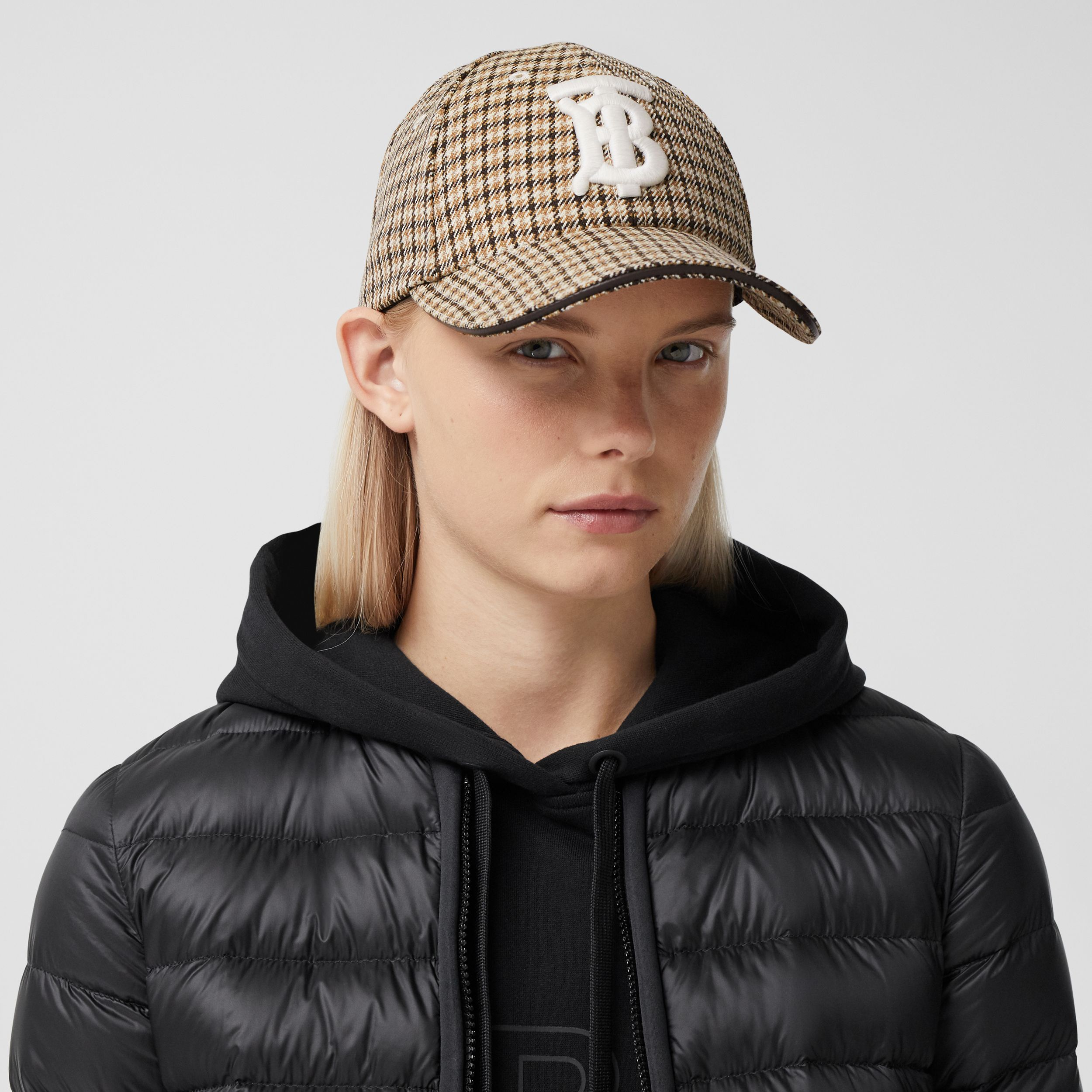Monogram Motif Houndstooth Check Baseball Cap in Fawn | Burberry - 3