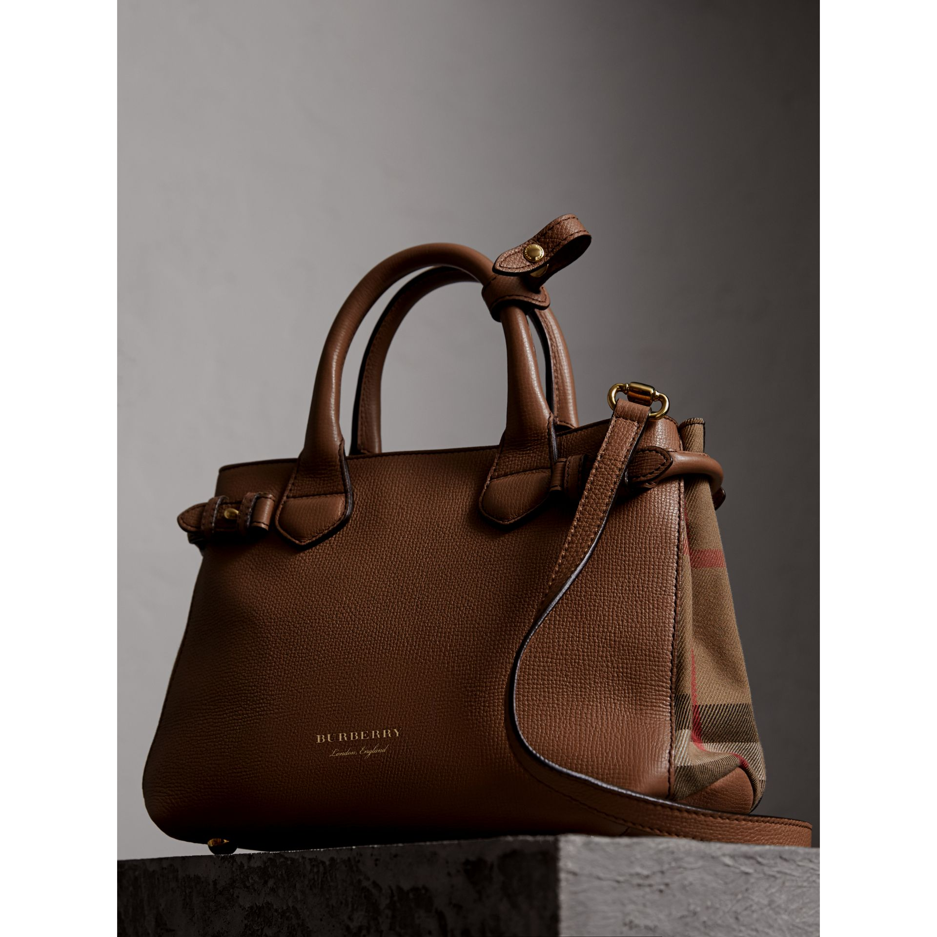 The Small Banner in Leather and House Check in Dark Sand - Women | Burberry United Kingdom - gallery image 6