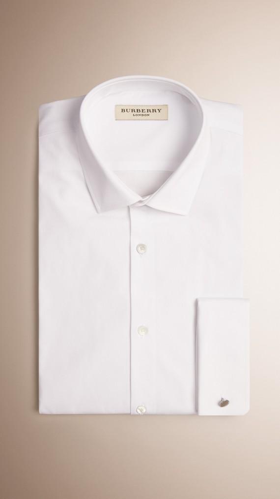 Camisa de corte moderno en algodón elástico con puños dobles (Blanco)