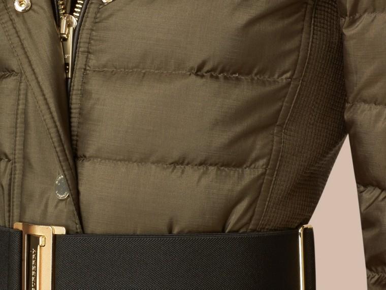 Темно-оливковый Пуховое пальто с меховой опушкой Темно-оливковый - cell image 1