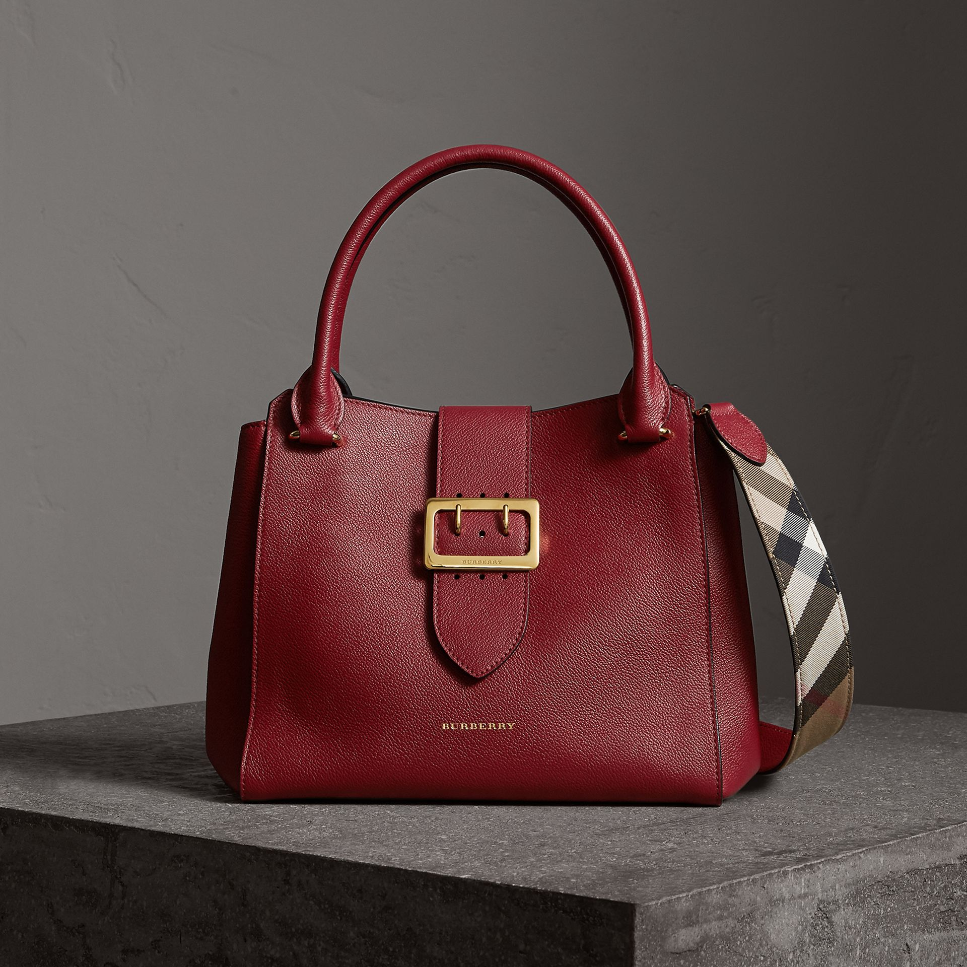 The Medium Buckle Tote in Grainy Leather in Parade Red - Women | Burberry - gallery image 0
