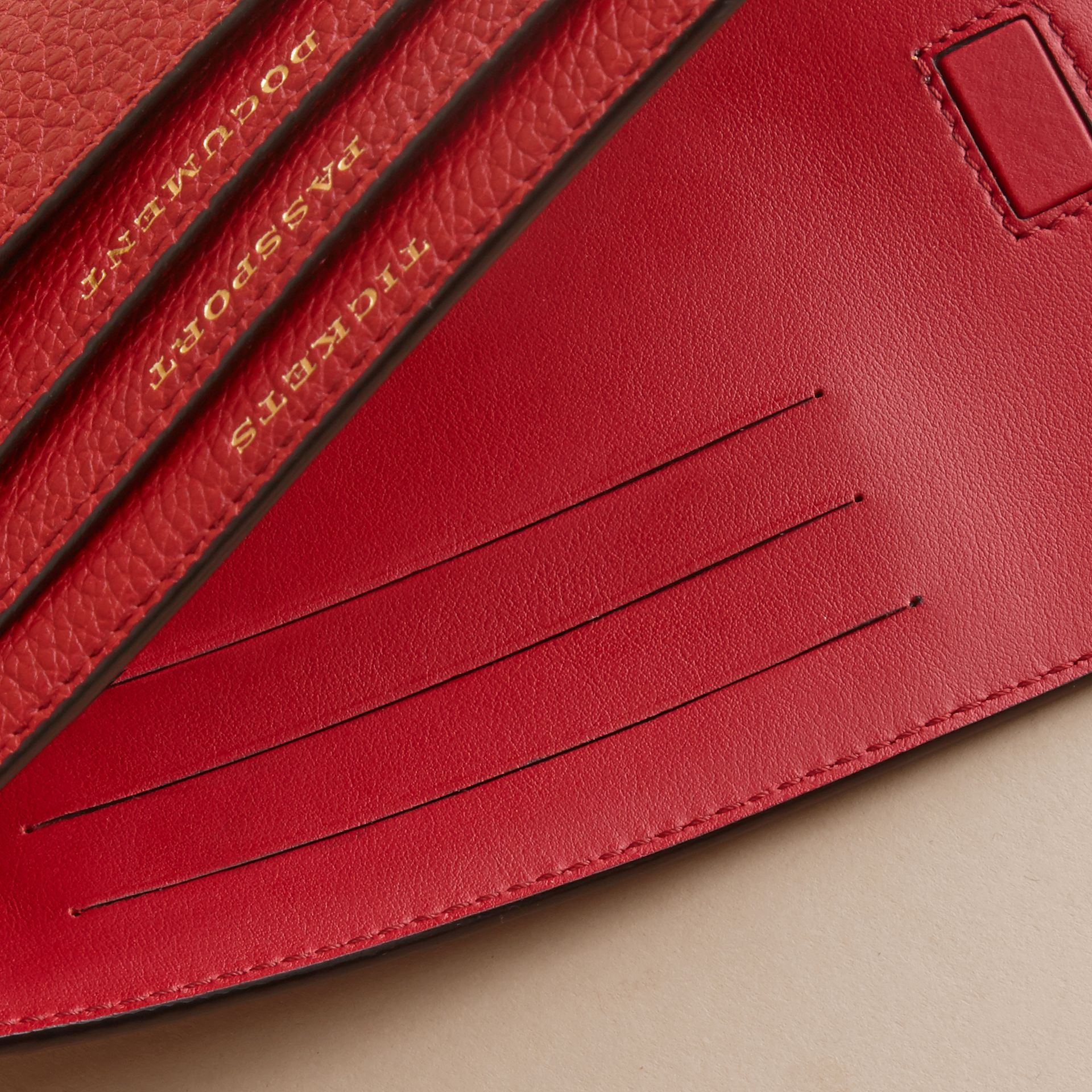 Grainy Leather Travel Case in Parade Red - Women | Burberry - gallery image 4