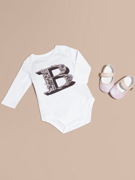Decorative Letter Motif Long-sleeved Cotton Bodysuit Pale Ash Rose