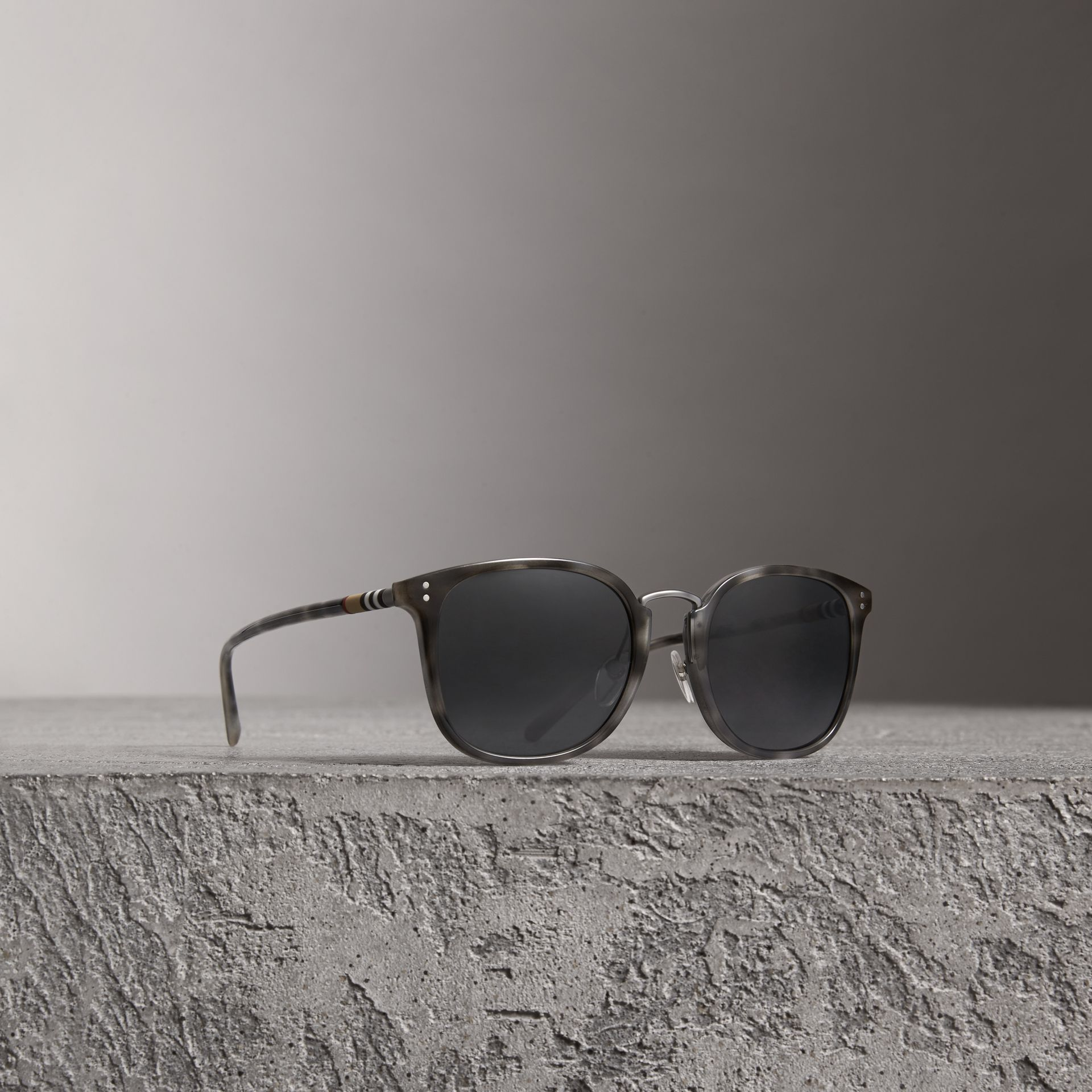 Square Frame Acetate Sunglasses in Grey - Men | Burberry - gallery image 0