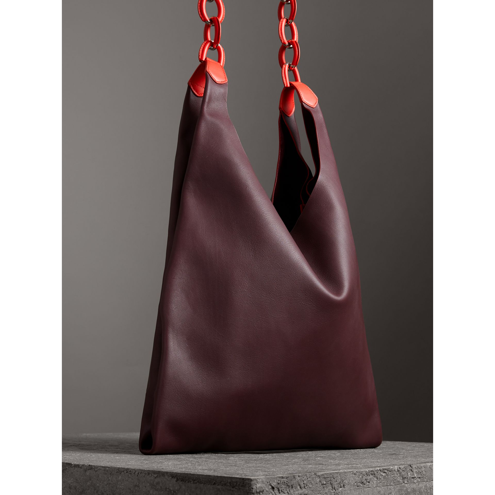 Medium Two-tone Leather Shopper in Deep Claret - Women | Burberry - gallery image 4