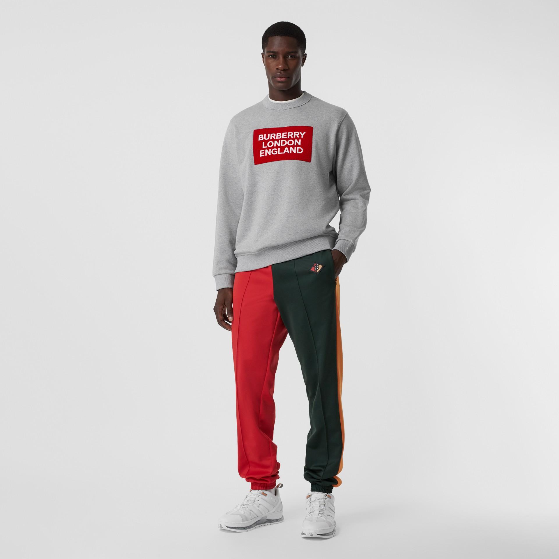 標誌貼花棉質運動衫 (淡混合灰) - 男款 | Burberry - 圖庫照片 0