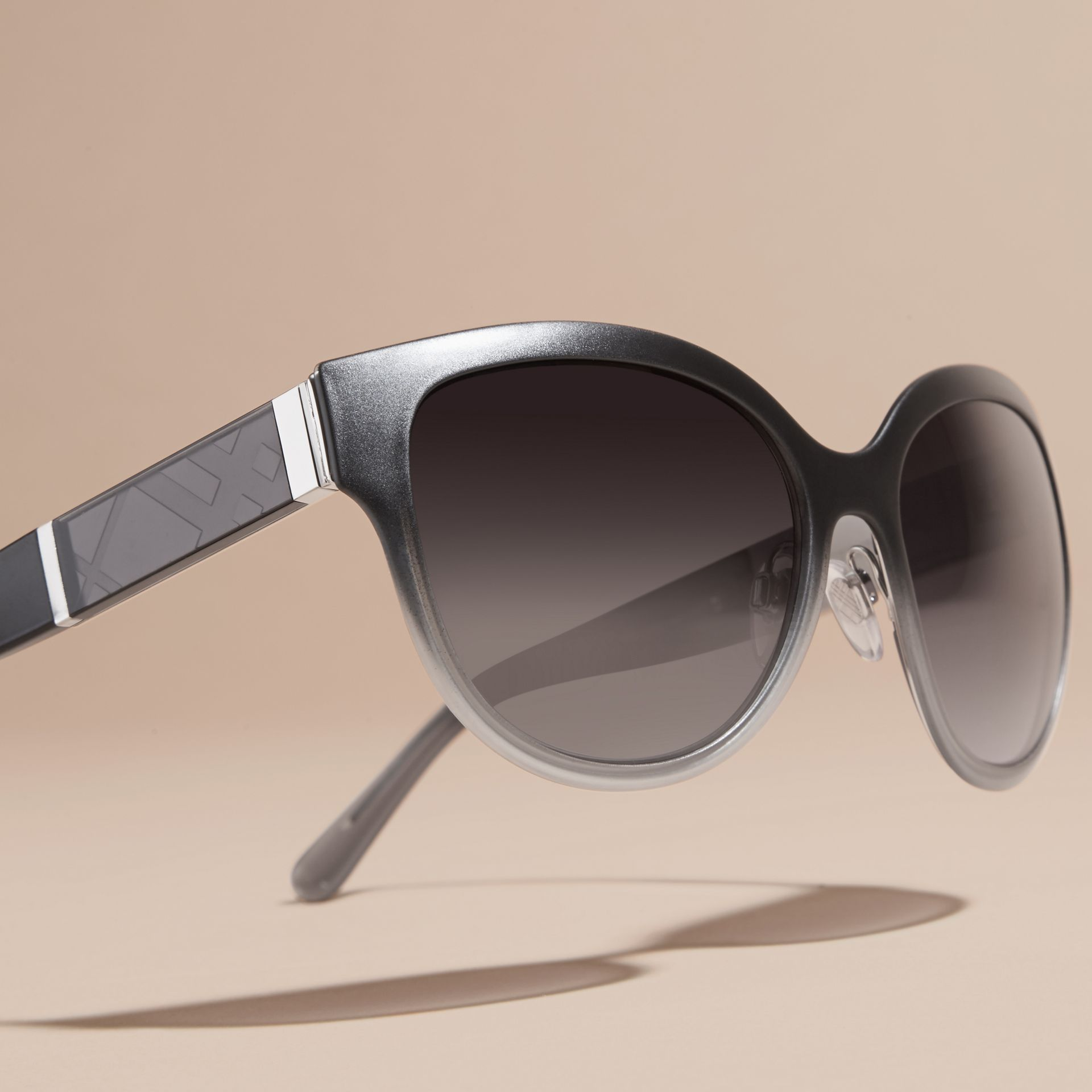 Check Detail Round Cat-eye Sunglasses in Black - gallery image 3