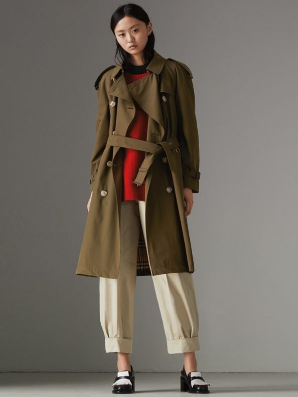 The Westminster Heritage Trench Coat in Dark Military Khaki