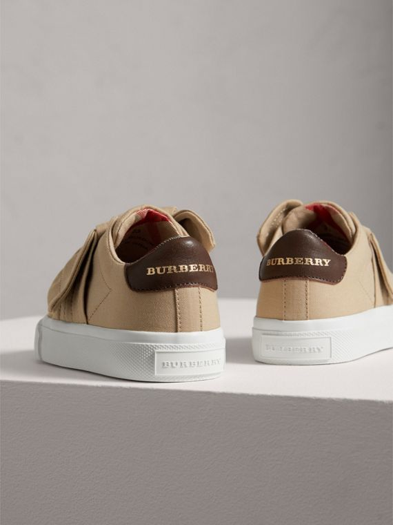 Trench Knot Cotton Gabardine Trainers in Honey | Burberry - cell image 2