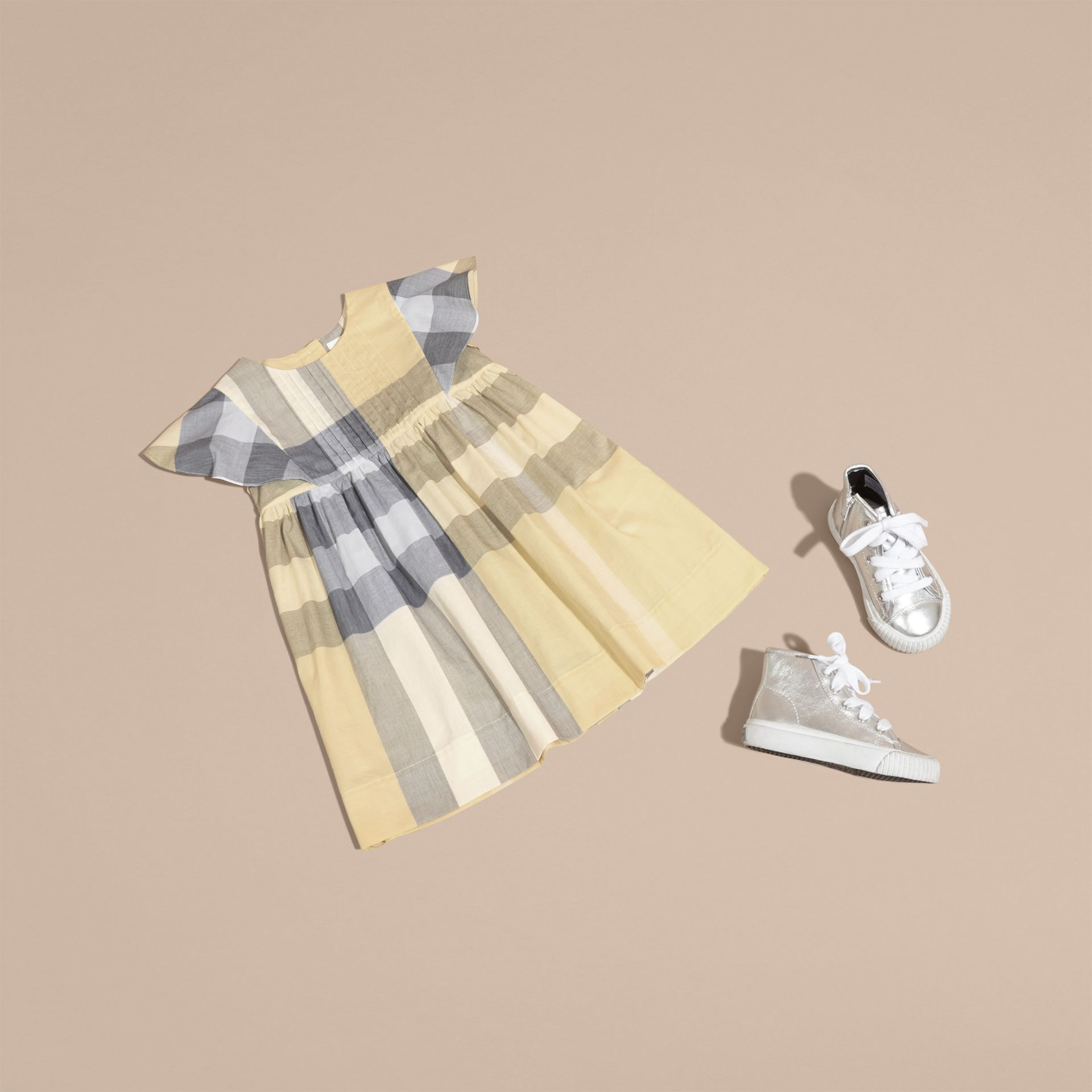 Ruffle Detail Check Cotton Dress in Pale Yellow - Girl | Burberry - gallery image 5