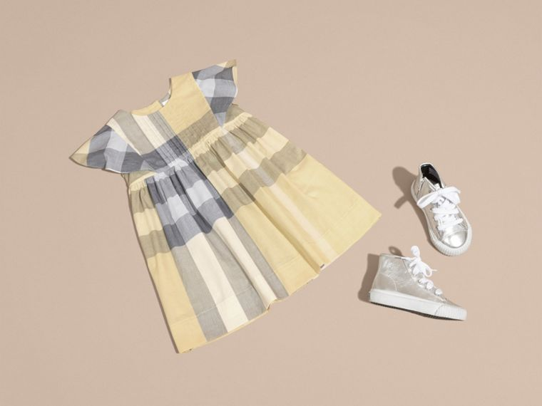 Ruffle Detail Check Cotton Dress in Pale Yellow - Girl | Burberry - cell image 4
