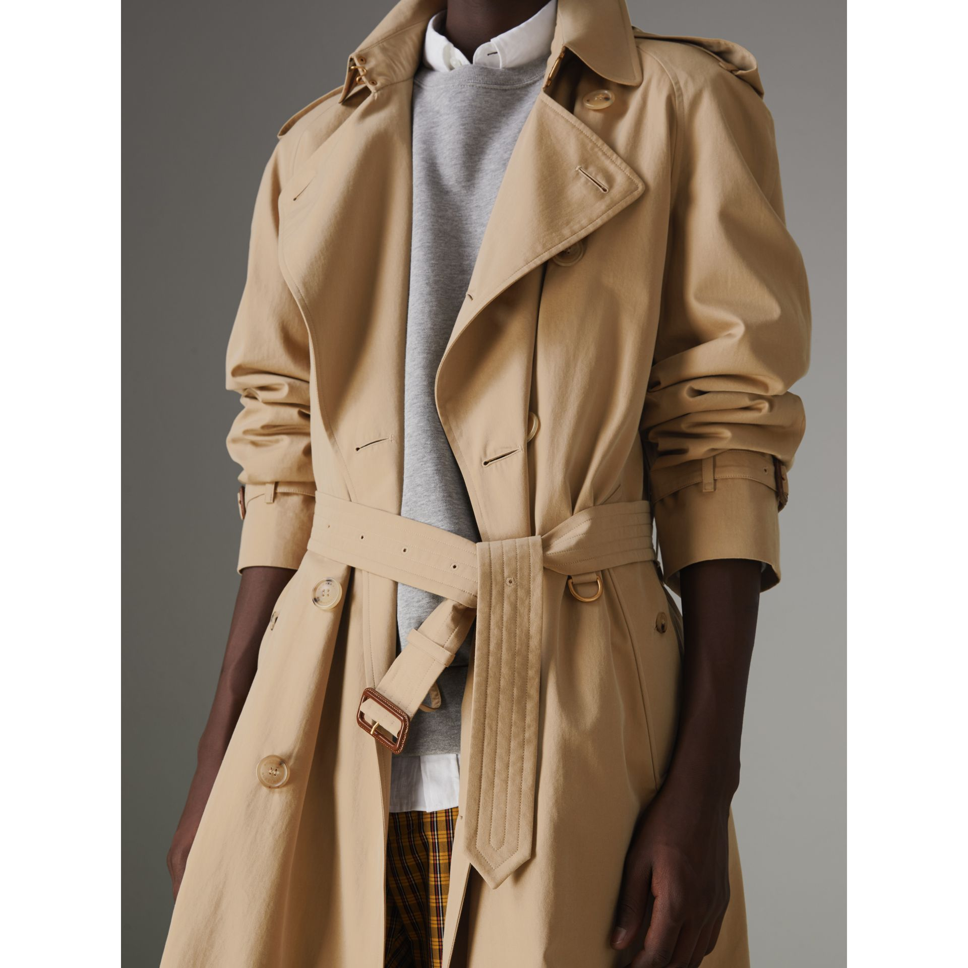 The Westminster Heritage Trench Coat in Honey - Men | Burberry Singapore - gallery image 5