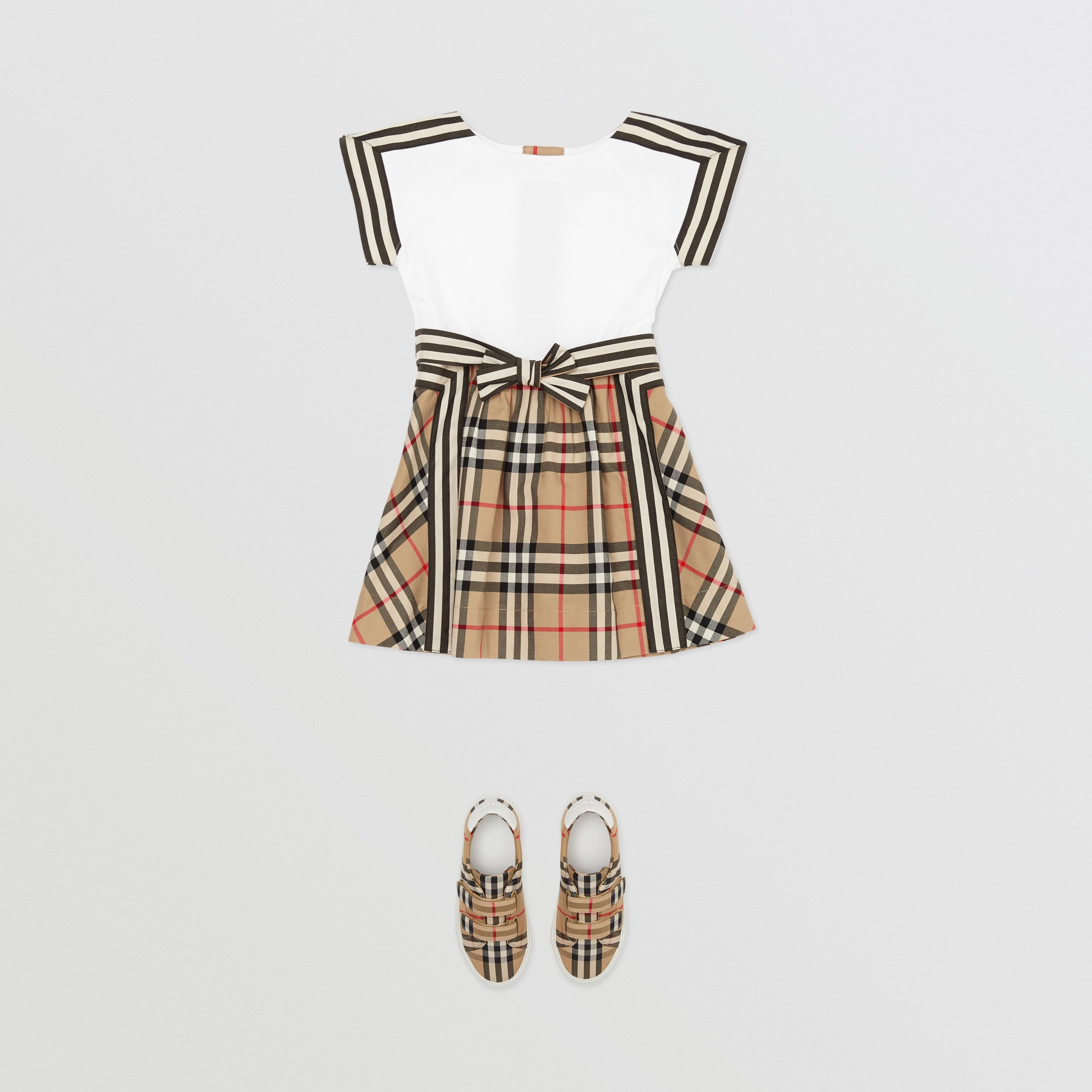 Vintage Check Detail Cotton Dress in Archive Beige - Children | Burberry - 3