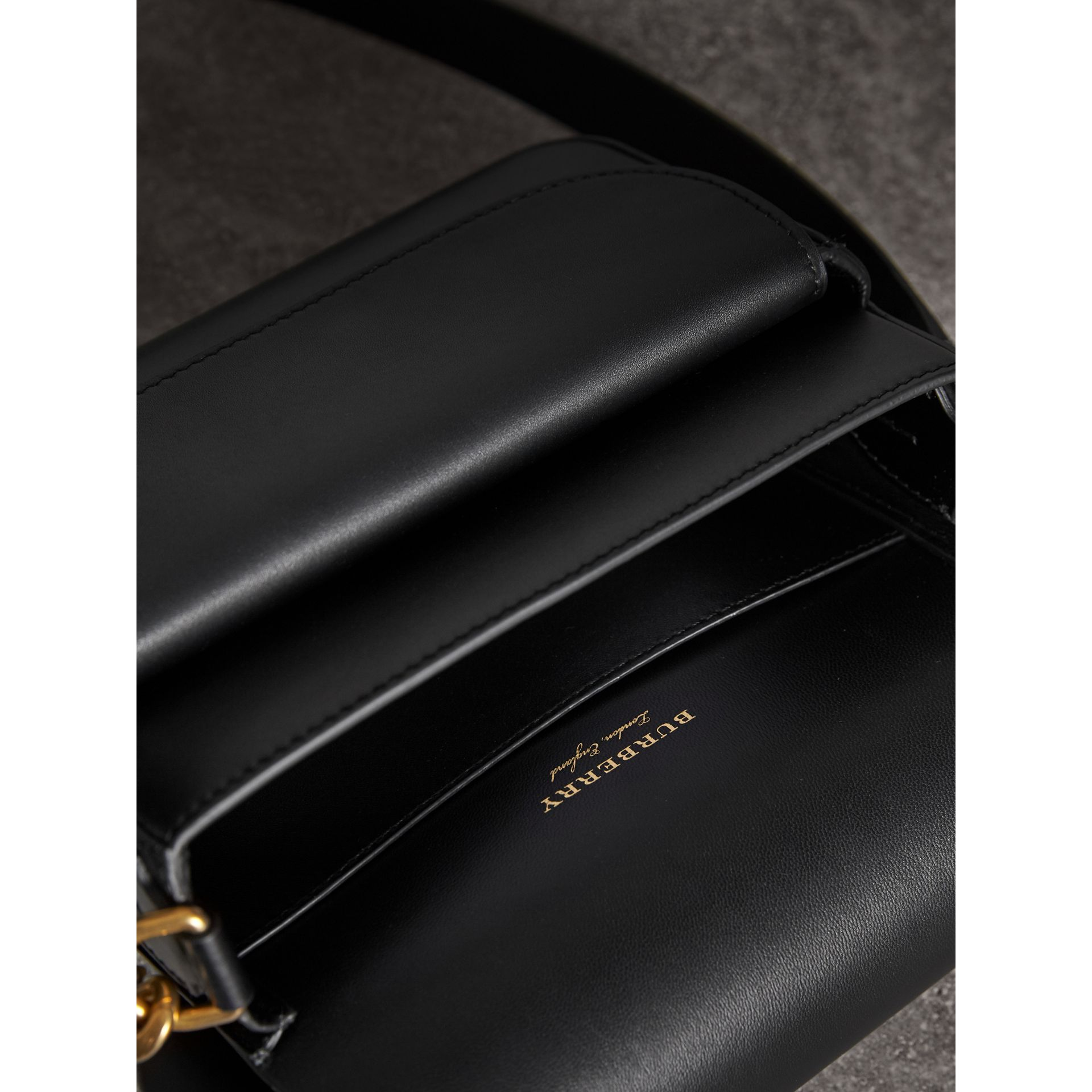 The Square Satchel aus Leder in Zaumzeug-Optik (Schwarz) - Damen | Burberry - Galerie-Bild 5