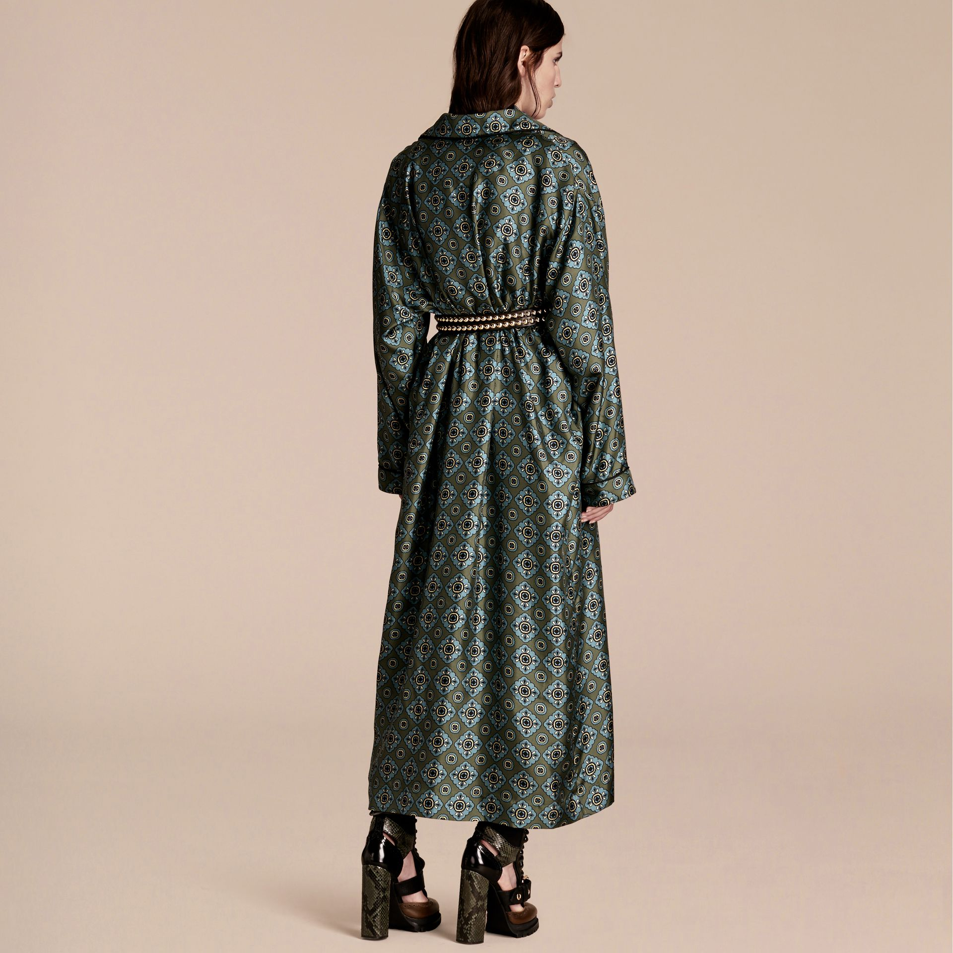 Lawn green Geometric Tile Print Silk Twill Dressing Gown Coat - gallery image 3