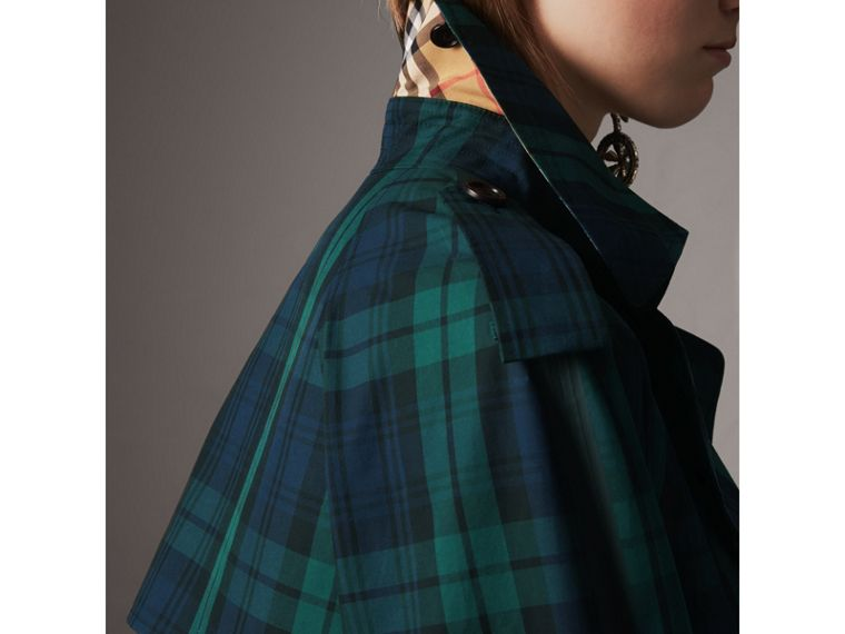 Trench coat in gabardine di cotone con motivo tartan (Navy Intenso) - Donna | Burberry - cell image 1