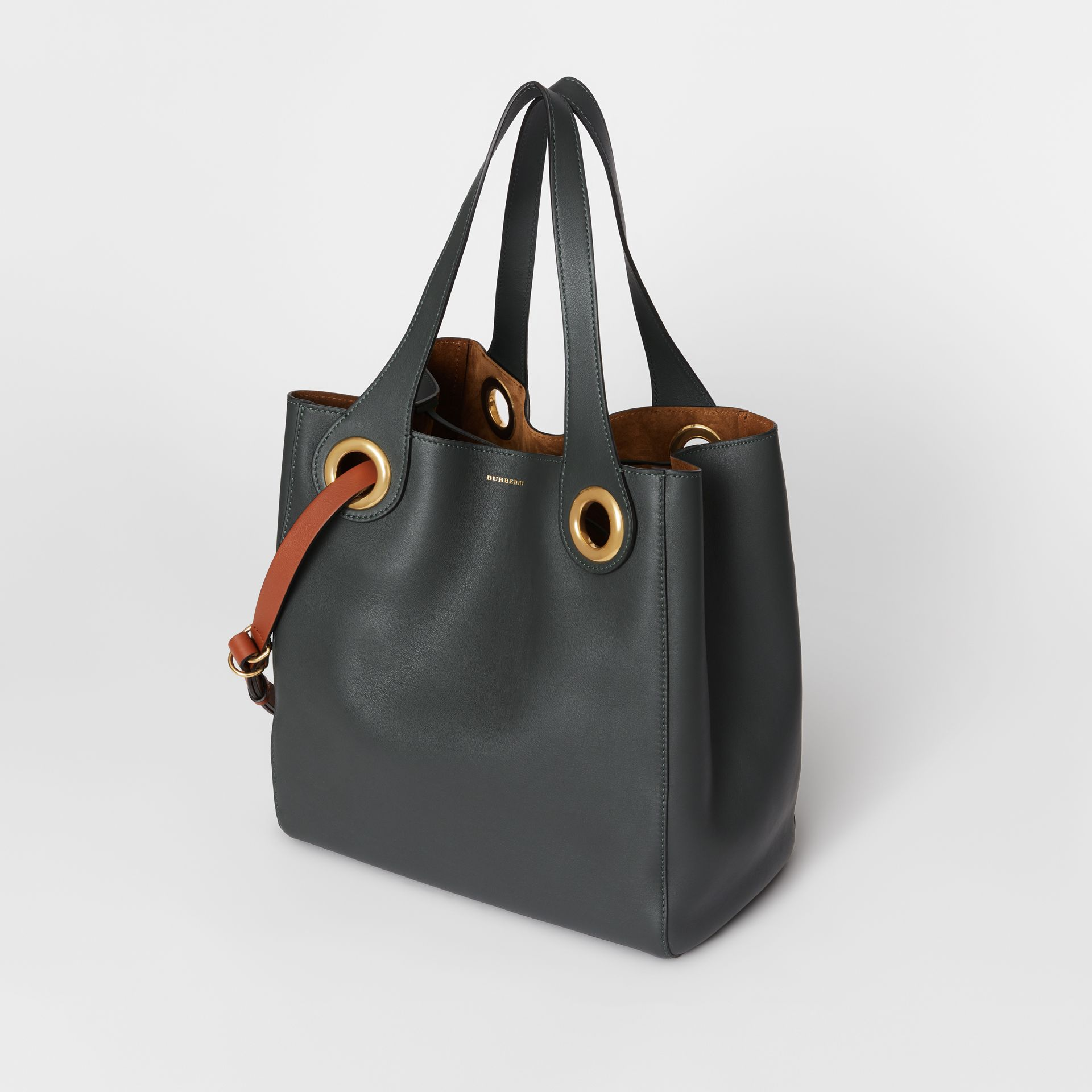 The Leather Grommet Detail Tote in Dark Emerald - Women | Burberry United States - gallery image 2