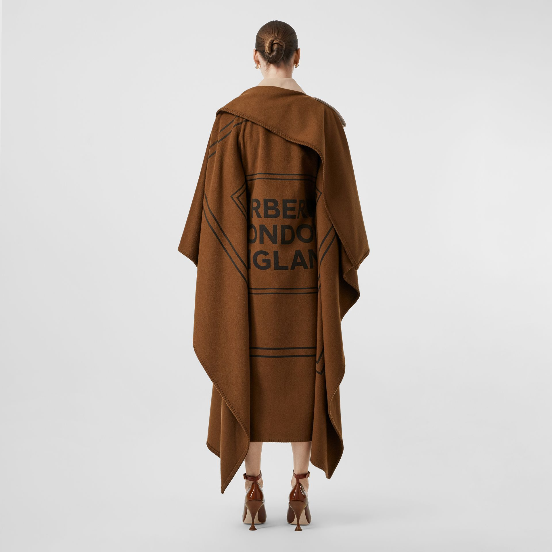 Blanket Detail Cotton Gabardine Trench Coat in Camel - Women | Burberry Singapore - gallery image 2