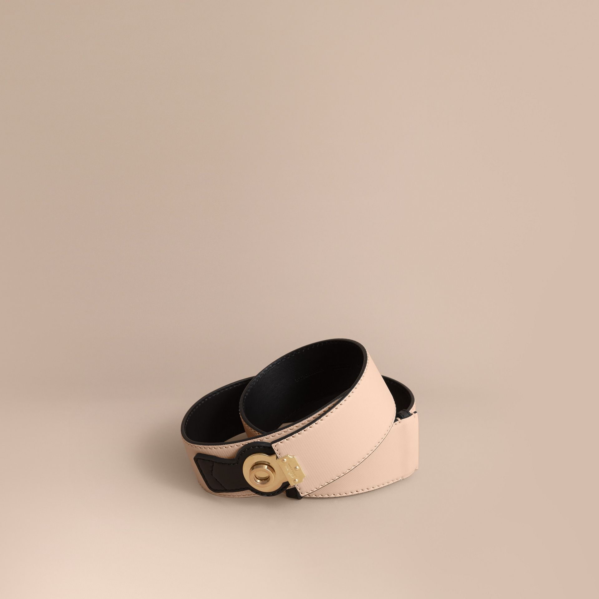 Two-tone Trench Leather Belt in Limestone/ Black - gallery image 1