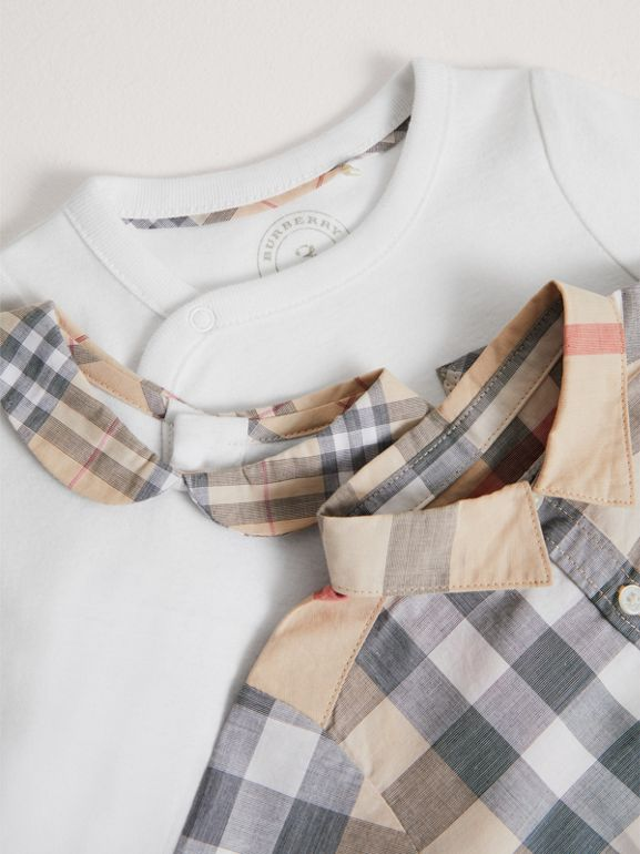 Cotton Six-piece Baby Gift Set in White - Children | Burberry - cell image 1